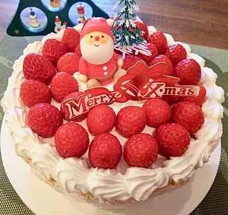 いちごたっぷりなクリスマスケーキ